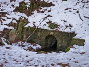 Der Bitterbrunnen im Nordwesten, die einzige verlässliche Wasserquelle