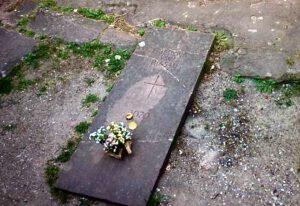 Das Grab des als heilig verehrten Friedrich von Hirsau