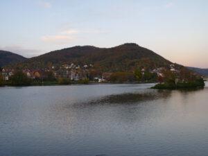 Der Heiligenberg über dem Neckar