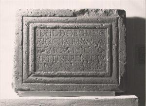 Weiheinschrift für Merkur Cimbrianus © KMH (E. Kemmet)